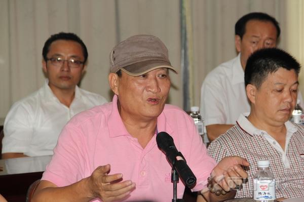 中国国际海洋摄影协会福建分会主席李凯金发言