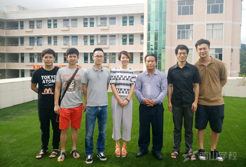 厦门卫视记者采访西山教育集团董事长张文彬