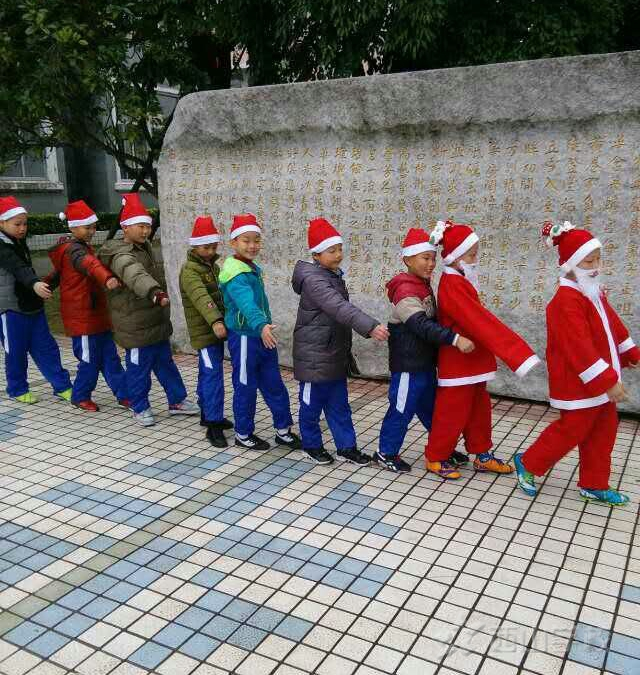 圣诞节,校园里的一道风景线