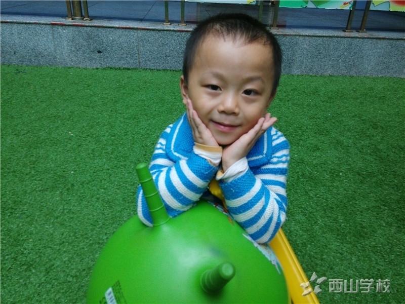 孩子人生的第一课——孝敬教育--江西省西山学校幼儿园