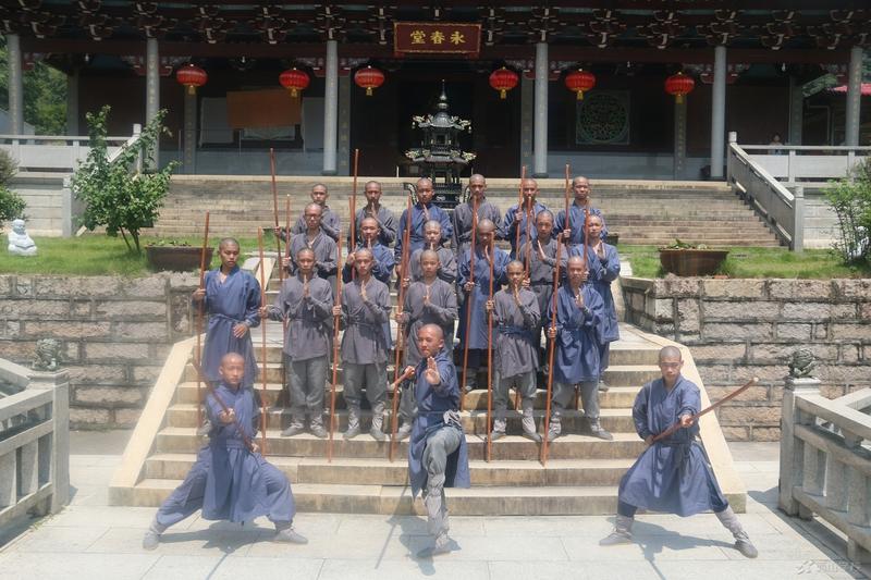 666!西山职业技术学校师生参加大型系列电影《南少林永春拳》拍摄