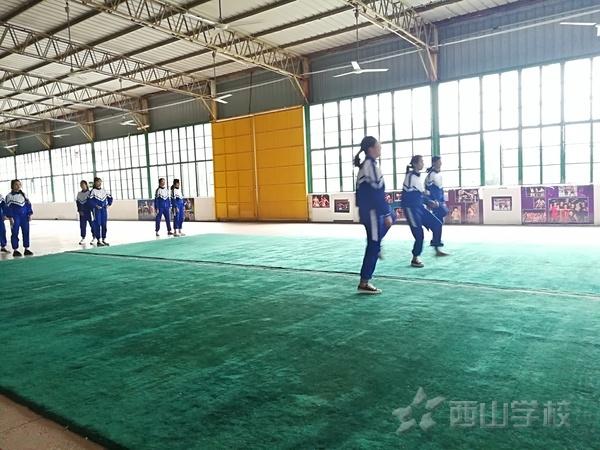 福清西山职业技术学校举行新聘体育教师公开课