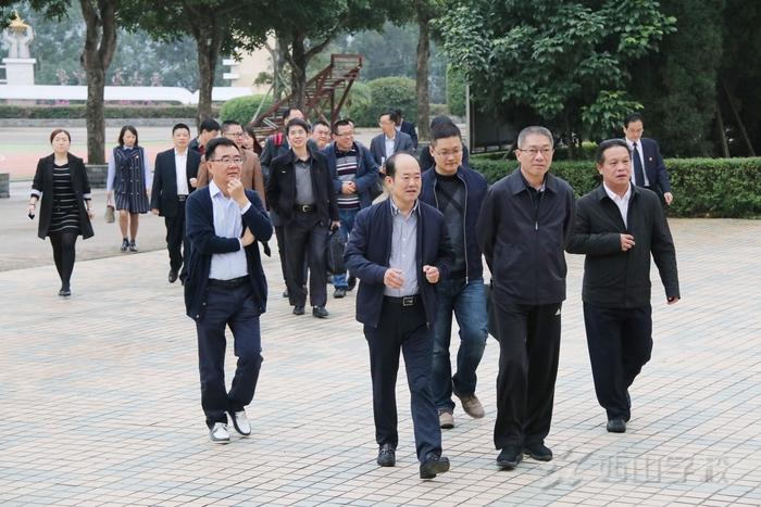 """福清西山学校高中部迎接""""省三级达标学校""""复评"""