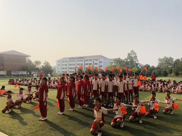 迎国庆,颂祖国丨西山学校初中部举行诗歌朗诵比赛
