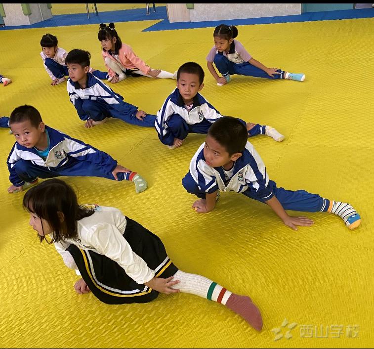 """让爱伴""""幼苗""""茁壮成长——福清西山学校幼儿园家长好评"""