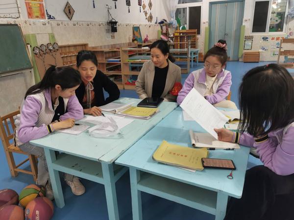学习在路上,各展风采促成长——福清西山学校幼儿园第十一周集备活动新闻报道